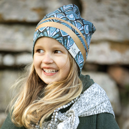 Picture of Elodie Details® Winter Beanie Gilded Everest Feathers