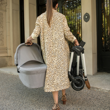 Nuna® Košara za novorojenčka Triv™ Sapphire