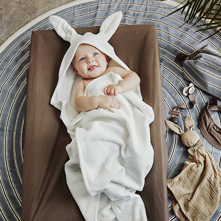 Picture of Elodie Details® Hooded Towel Vanilla White Bunny (80x80)