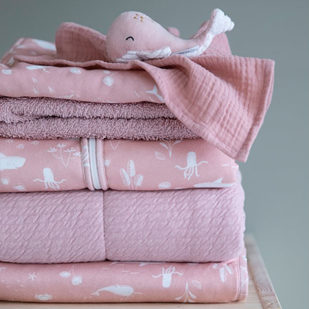 Picture of Little Dutch® Swaddles 70 x 70 Ocean Pink / Pure Pink