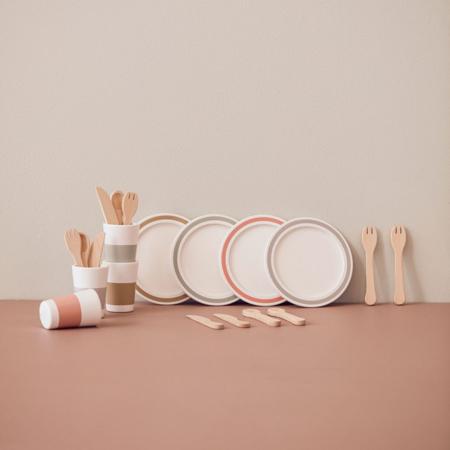 Kids Concept® Dinnerware 4 play set BISTRO