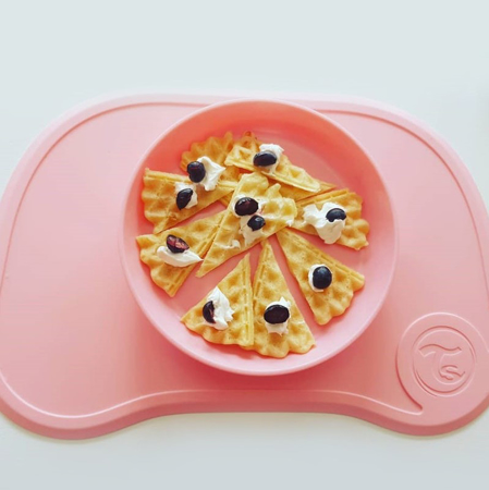 Picture of Twistshake Click-Mat Mini + plate (6+M) Pastel Pink